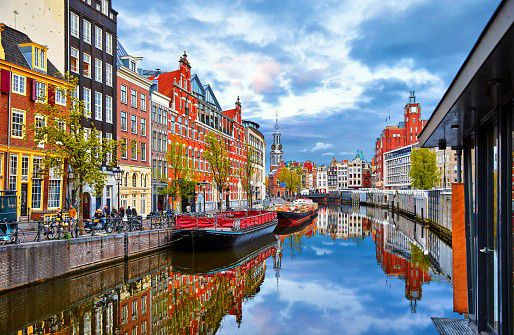 When you go on holiday to the Netherlands, or live there and go on holiday in your own country, it is always nice to have a number of fun and interesting things to do. Read this blog to get some inspiration!Check it out under the 'Tour Guides' tab.